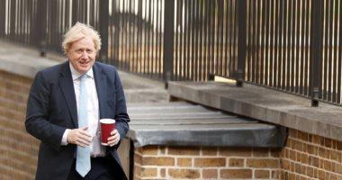 تقارير: رئيس وزراء بريطانيا يعتزم تخفيف إجراءات كورونا للعزل العام