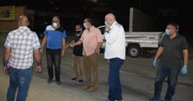 صور.. سكرتير عام الأقصر يتابع حملات النظافة والرش والتعقيم بالشوارع والميادين