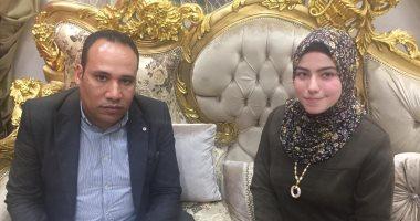 """""""منار طلبة"""" منشدة بالإسماعيلية ورثت حنجرة ذهبية عن أبيها الشيخ محروس طلبة"""