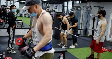 بكين تعيد فتح الصالات الرياضية بعد قرار الصين بتخفيف إجراءات حظر كورونا
