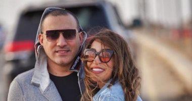 دياب يغازل زوجته: أجمل حاجة حصلت فى حياتى.. بحبك قوى