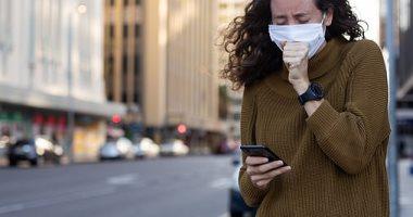 دراسة:التحدث فى الأماكن الضيقة يمكن أن ينقل الفيروس التاجى
