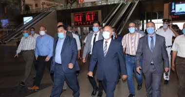 وزير النقل: إنشاء مصنع لإنتاج عربات القطار السريع فى مصر
