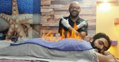 """صور .. حسين الشحات يخضع لجلسة استشفاء بـ """" الفوطة النارية """""""