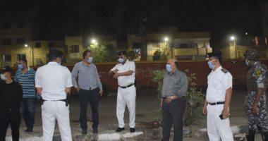صور.. سكرتير محافظة الأقصر يتابع حملات النظافة وتحرير 56 محضر إشغال طريق