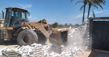 استرداد 190 فدان وإزالة 52 حاله تعد على أملاك الدولة بالمنيا والبحيرة (صور)