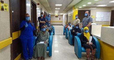 شفاء وخروج 11 حالة من مستشفى إسنا للعزل الصحى فجراً