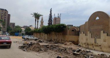 وزارة البيئة توجه بإزالة تراكمات القمامة حول مزار شجرة مريم في المطرية