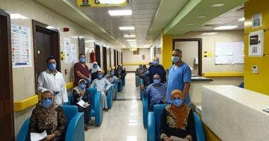مستشفى إسنا للحجر الصحى يعلن خروج 21 حالة بينهم طفلتان بعد شفائهما من كورونا