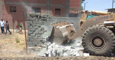 محافظ كفرالشيخ يتابع حملات إزالة التعديات ومخالفات البناء بالمراكز والمدن