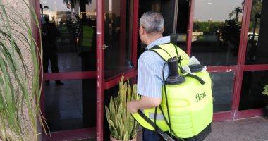 تعقيم مبنى وزارة الرى بعد زيارة محافظ الدقهلية وثبوت إصابته بكورونا .. صور