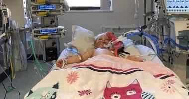 """بريطانى ينشر صورة لابنته المريضة بـ""""كاواساكى"""" ليستغيث بالمسئولين.. اعرف القصة"""
