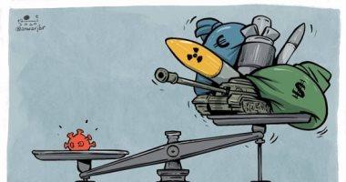 كاريكاتير صحيفة إماراتية.. كورونا يكسر شوكة جميع الأسلحة الفتاكة حول العالم