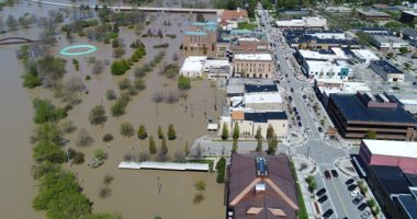 إجلاء 10 آلاف شخص بسبب فيضانات ضربت ميشيجان الأمريكية