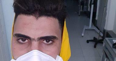 """""""مبروك"""" أخصائى تمريض بحميات الإسكندرية على خط المواجهة ضد كورونا"""
