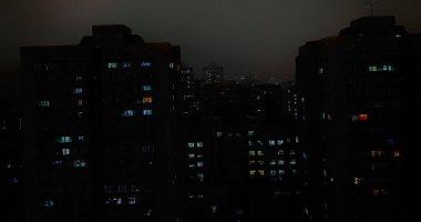 شاهد.. عاصفة تحول نهار الصين إلى ليل دامس