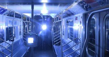 تعقيم مترو الأنفاق والأتوبيسات بنيويورك بالأشعة فوق البنفسجية لمكافحة كورونا