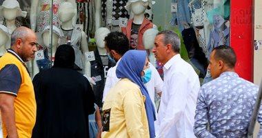 رغم كورونا.. إقبال المواطنين على محلات وسط البلد لشراء مستلزمات العيد