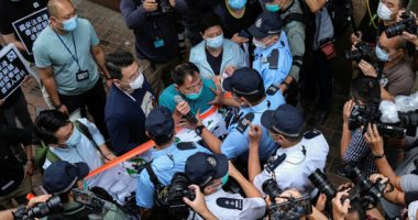 مظاهرات ومشاجرات داخل برلمان هونج كونج احتجاجا على القوانين الصينية