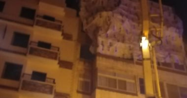 فيديو وصور.. حى المقطم يزيل أدوارا مخالفة أثناء وقت الحظر