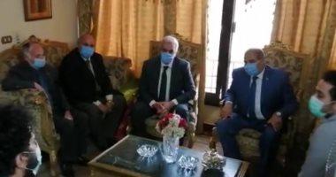 صور.. جامعة الأزهر تكرم شهداء فيروس كورونا تنفيذا لتكليفات الرئيس