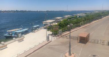 استمرار غلق كورنيش النيل بقنا ووقف الرحلات النيلية ..صور