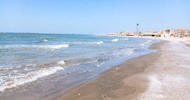 صور.. شواطئ ومتنزهات دمياط ورأس البر خالية من المواطنين