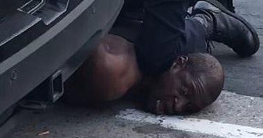 القصة الكاملة لمقتل رجل أسمر البشرة على يد شرطى أمريكى.. فيديو