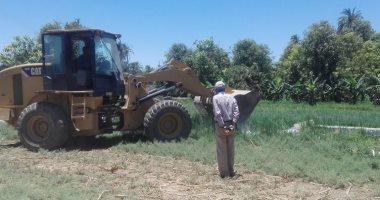 إزالة 113 حالة تعدٍ على أملاك الدولة والأراضى الزراعية بإسنا خلال العيد