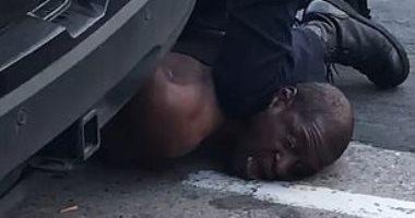 """العدل الأمريكية: التحقيق فى مقتل رجل أسود بمنيابوليس """"أولوية قصوى"""""""
