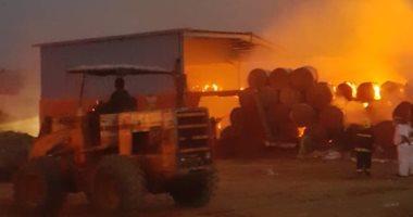 نيابة الشرقية تطلب تحريات المباحث بشأن حريق مخزن كرتون بطريق بلبيس- العاشر