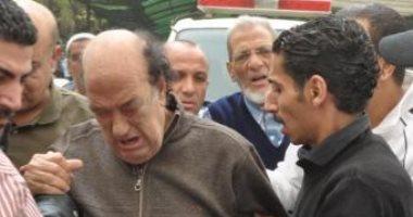 صور.. حسن حسنى يلتقى ابنته رشا بعد 7 سنوات فراق وألم