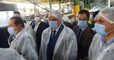 وزير القوى العاملة يتفقد مصانع العاشر ويوجه بضرورة حماية العمالة