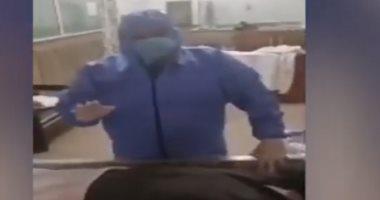 """أول دورة """"أون لاين"""" لتغسيل ضحايا فيروس كورونا بالشرقية.. فيديو"""