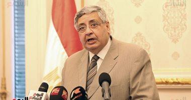 مستشار الرئيس: زيادة الإصابات بكورونا بسبب مخالطة العائلات في رمضان والعيد