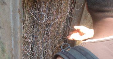 قارئ يشكو انقطاع خدمة التليفون الأرضى والإنترنت بسبب تهالك التوصيلات بشبرا الخيمة