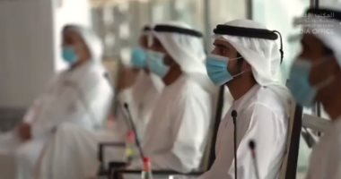ولى عهد دبى يعقد اجتماع المجلس التنفيذى للإمارة بالمطار: سنهزم المستحيل