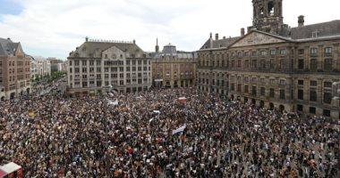 بعد أمريكا وكندا.. مظاهرات حاشدة فى هولندا ضد مقتل جورج فلويد