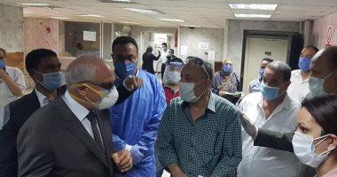 محافظ الجيزة يتفقد مستشفى أم المصريين والعجوزة للتأكد من توافر المستلزمات الطبية