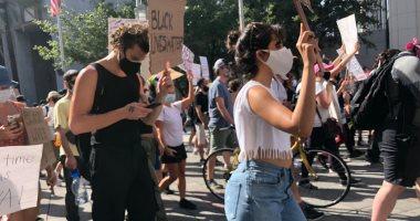 شون منديس وكاميلا كابيلو يشاركان في الإحتجاج السلمي ضد مقتل جورج فلويد
