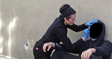 هالزي تنضم للمظاهرات الامريكية وتساعد المصابين في شوارع كاليفورنيا.. صور