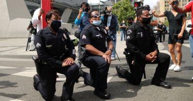 الشرطة الأمريكية تعتذر للمحتجين على مقتل جورج فلويد