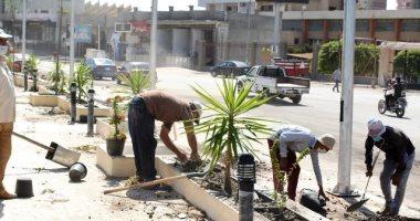 مدينة الزقازيق تتجمل باللون الأخضر وزهور على ممشاها السياحى.. صور