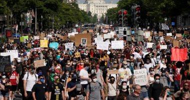 خصوم أمريكا يردون بالمثل ويتهمونها بانتهاك حقوق الإنسان بعد الاحتجاجات