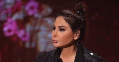 إليسا: الجيش الأبيض فى لبنان يخوض حربا حقيقية لوقف جائحة كورونا