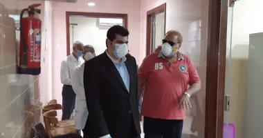صور.. جولة تفقدية لنائب محافظ الشرقية بمستشفى فاقوس العام ومستشفى الحميات