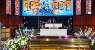 فى نعش ذهبى.. بدء مراسم تأبين جورج فلويد بمينيابوليس بعد أسبوعين من مقتله
