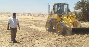 إزالة 12 حالة تعد بالبناء على الأراضى الزراعية وأملاك الدولة بالمنيا