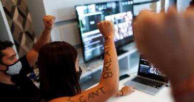 شباب ينظمون مظاهرة إلكترونية ضد العنصرية فى تايلاند