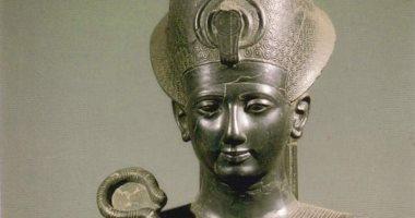 باحث يستعرض رحلة تمثالى رمسيس الثانى بمناسبة مرور 200 عام على اكتشافهما